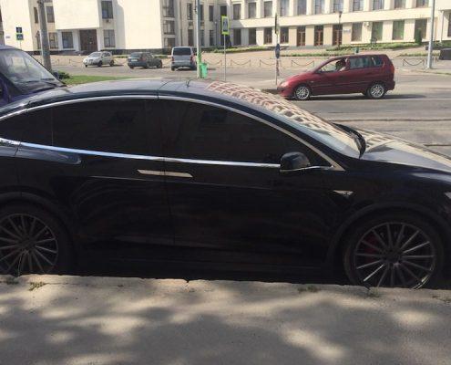 прокат Tesla model X Харьков
